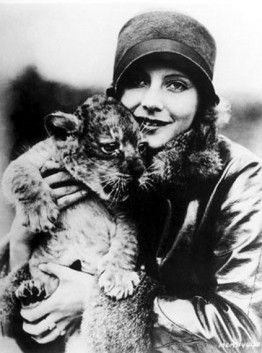 Greata-Garbo-with-a-lion-cub-spring-of-1926-photo-by-Don-Gillum-for-MGM