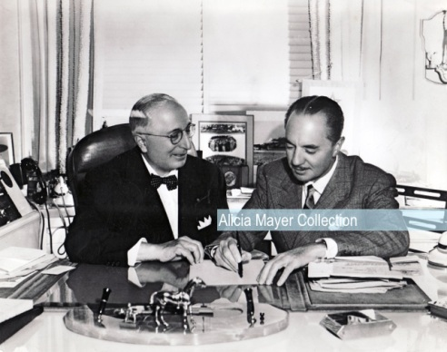 Louis B Mayer signing contract w William Powell watermark